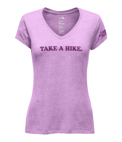 CAMISETA-TAKE-A-HIKE-GOLA-V-FEMININA