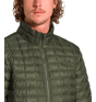 3Y3NXYW-jaqueta-masculina-thermoball-eco-verde-detalhe-4